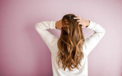 Cheveux fins : Mes conseils pour en prendre soin